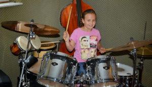 a NEWS 2017 Schlagzeugunterricht Muenster Schlagzeug lernen Muenster 4fta 300x172 - Kinder ans Schlagzeug